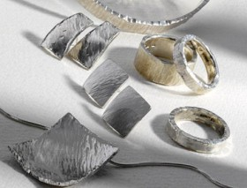 Сребърните бижута лекуват, носете ги!