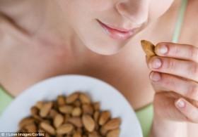 Витамин В6 е основен за жената.