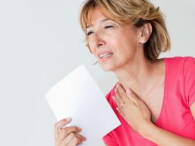 Страх от горещи вълни преди и в менопауза - жената страда